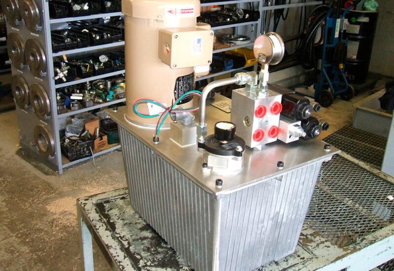 unite-de-puissance-avec-reservoir-en-aluminium
