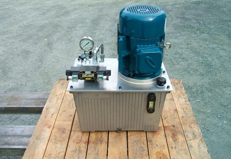 unite-de-puissance-hydraulique-avec-reservoir-en-aluminium