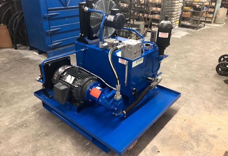 unité-de-puissance-hydraulique-pour-machine-de-preparation-de-piece-de-caoutchouc-(4)